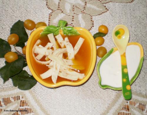 Zupa śliwkowa. Przepisy do zdjęć zawartych w albumie można odszukać na forum GarKulinar . Tu jest link http://garkulinar.jun.pl/index.php Zapraszam. #zupa #śliwkowa #mirabelki #jedzenie #obiad #kulinaria #przepisy