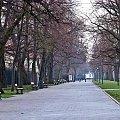 Poranna pustka #Warszawa #ŁazienkiKrólewskie #park