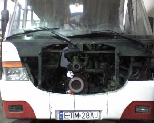 """Jelcz Vero """"4"""" Mzk Tomaszów , jednostka napędowa w naprawie... #tomaszów #mzk #jelcz #vero #edi"""
